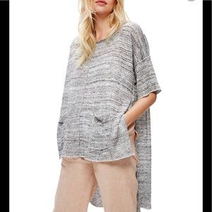 Free People High/Low step hem short sleeve sweater
